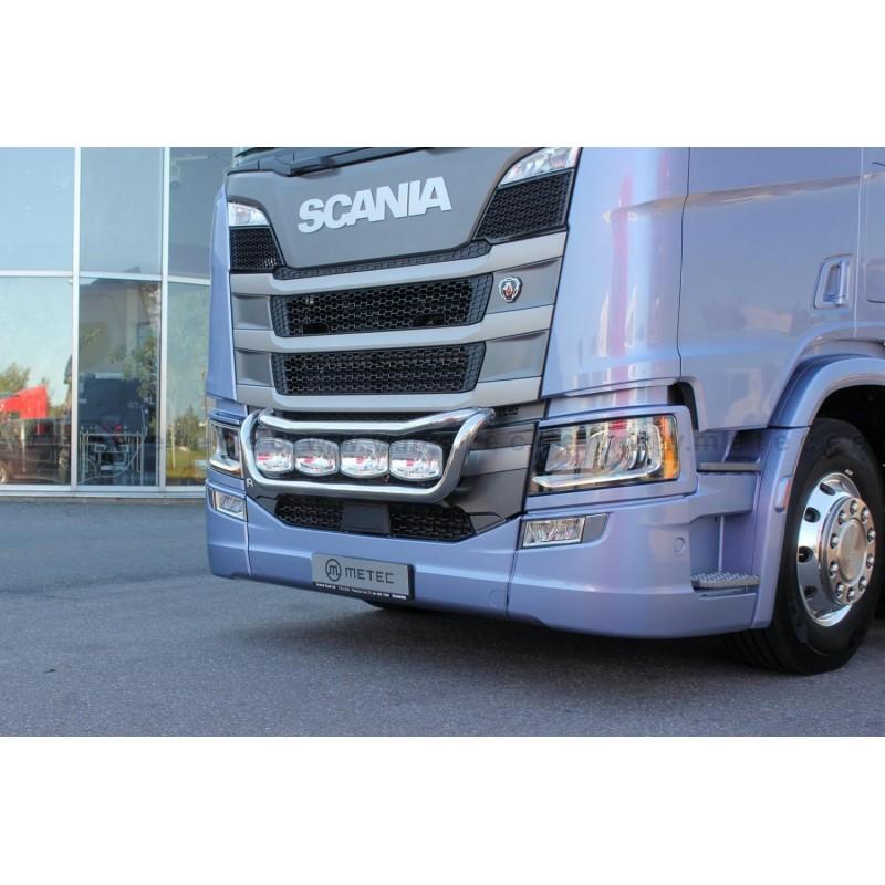 22h22 rampe de calandre poids lourd scania nouvelle for Interieur camion scania
