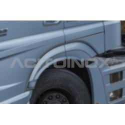 HABILLAGE INOX BAS DE PORTE MERCEDES ACTROS MP5